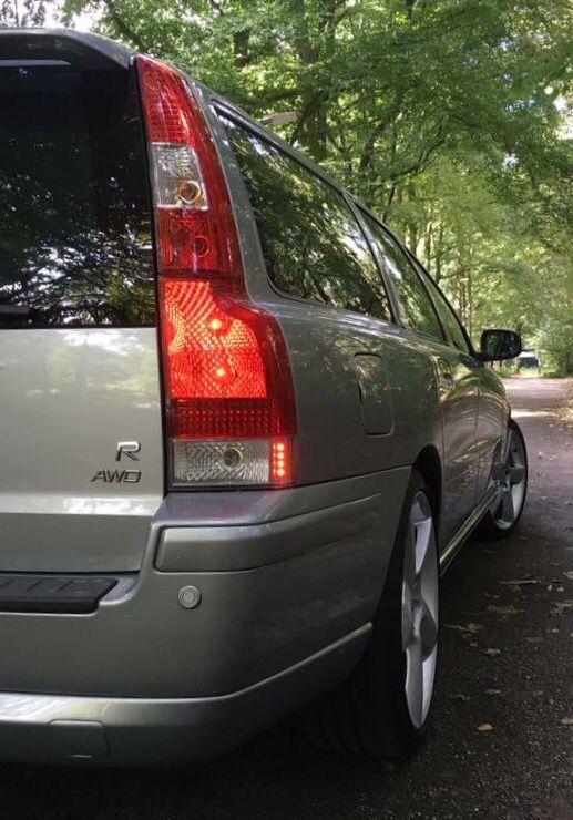 Volvo V70R AWD (2007)