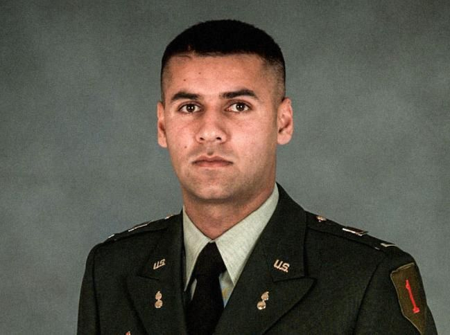 This man gave his life for his country. And then Donald Trump insulted his family and mocked his religion. Happy Veterans day Capt. Kahn  thank you for your service.
