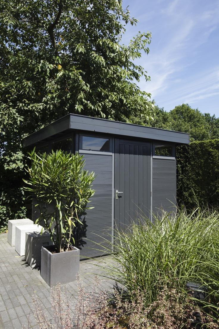 17 beste afbeeldingen over moderne tuinen op pinterest tuinen planters en terrasplanken - Tuin ontwerp tijdschrift ...