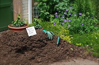 We will have 3 yards of mushroom compost delivered this week. When I b… :: Hometalk