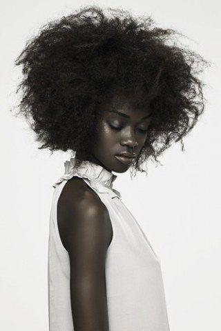 17 best ideas about Salon Coiffure Afro on Pinterest | Salon de ...