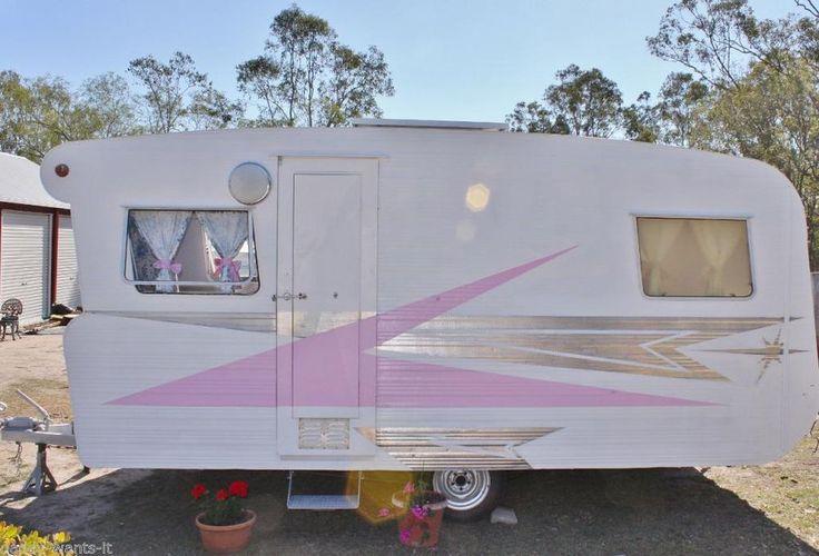 Vintage Caravan Murrumba Star 1968 Pink White Floral