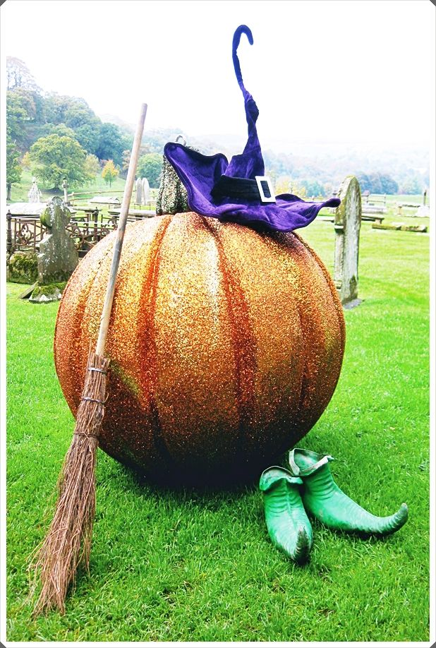 Extra Large Halloween Decorations Trends 2020 Halloween Decorations Trending Decor Scary Halloween Decorations