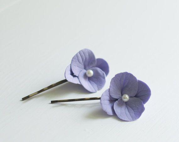 Hortensia haar clips  bloem bobby pins  Lila door GentleDecisions