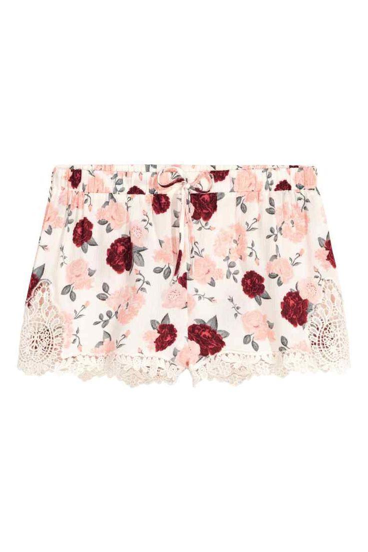 Pantalón corto con encaje - Blanco natural/Floral - MUJER   H&M ES
