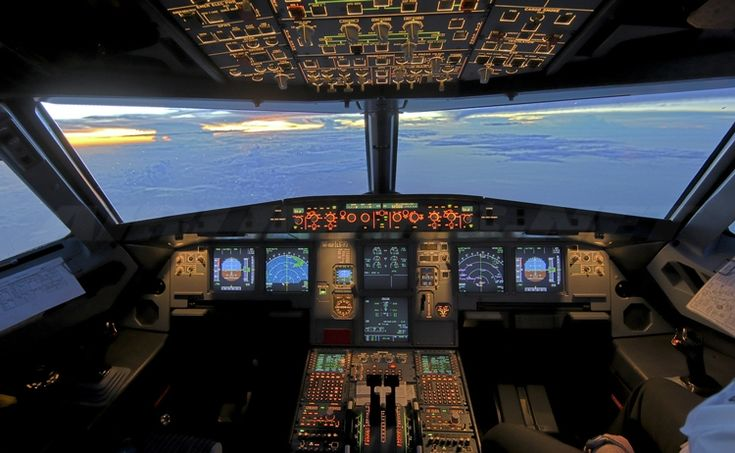 Ready for Takeoff: Aviation & Flight Academy Launches for Greek High School Students