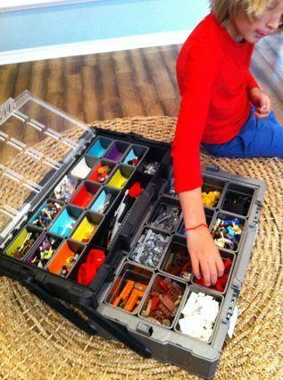 Rangement des LEGO dans une boite à outils  http://www.homelisty.com/rangement-lego/