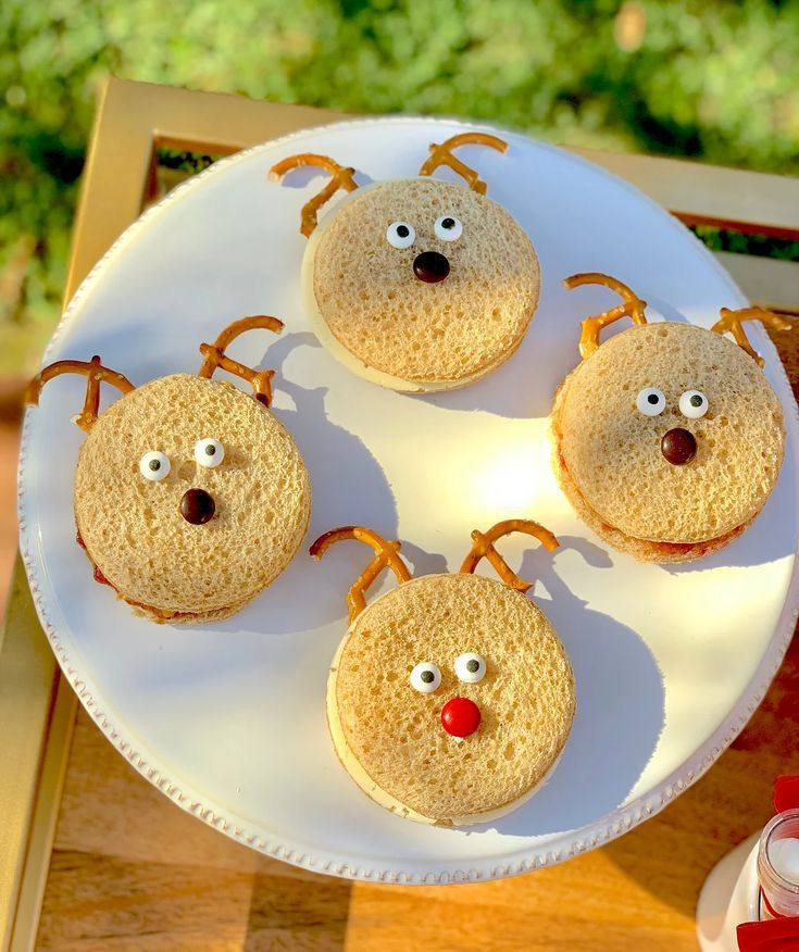 Kids Christmas Party Play Date Party Blog Reindeer Sandwiches