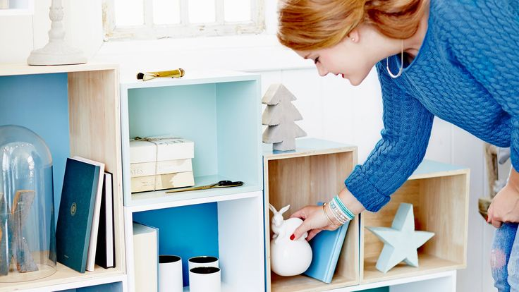 Wooden box-shelf