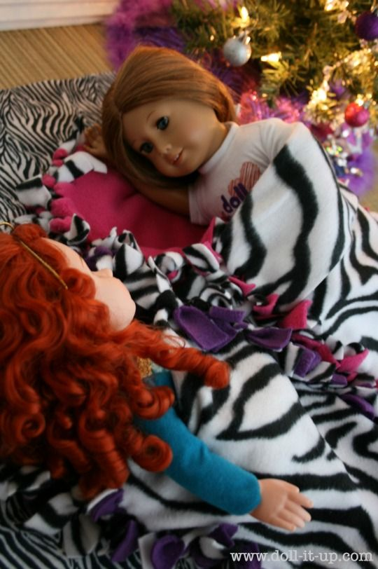 no sew fleece sleeping bag,  one for E and one for a stuffed friend?