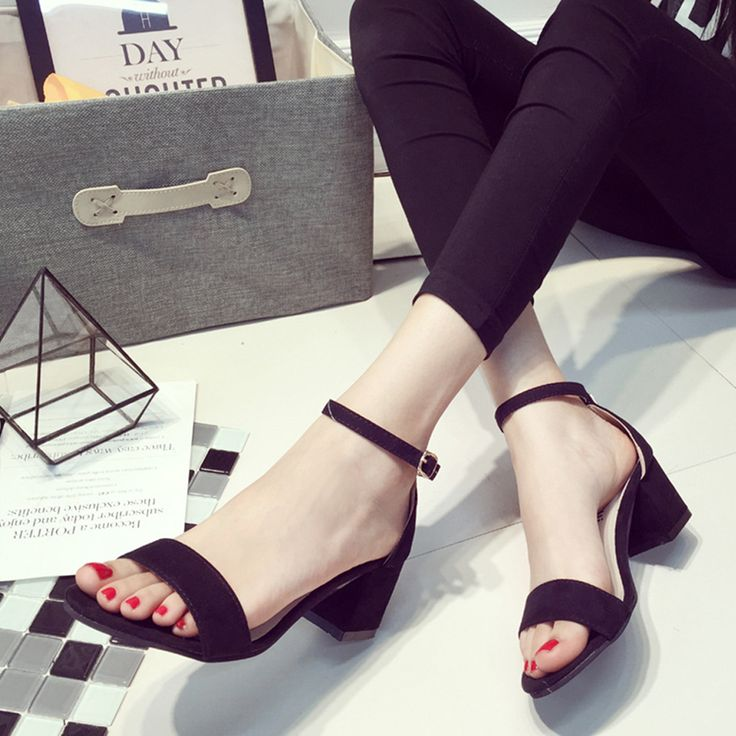 Open Toe Flip Flops Women's Sandals //Price: $17.99 & FREE Shipping //     #hashtag3