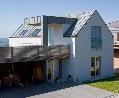 Die Gretchenfrage der Dacheindeckung: Blech oder Metall? - bauen.de