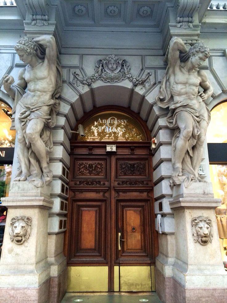 Puertas de la avenida Andrassy Budapest