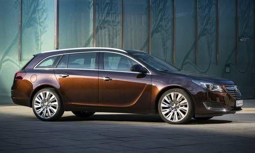 #Opel #InsigniaSportTourer. El coche familiar creado a partir de la elegancia deportiva y versatilidad.