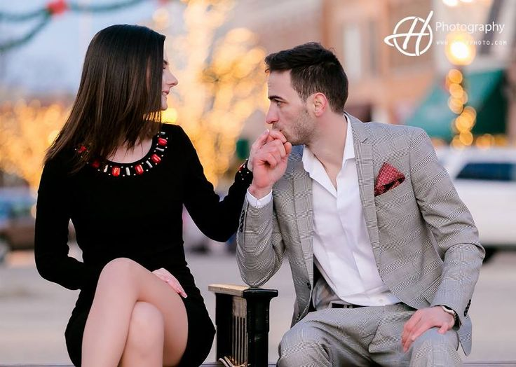 You can show your gentleman traits within your engagement photos.   http://www.thehweddingphotography.com/  #engagement #engagementphoto #love #kiss #hphotography