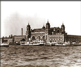 Interactive Tour of Ellis Island~  Cool!  Pics and audio from immigrants that made the journey.