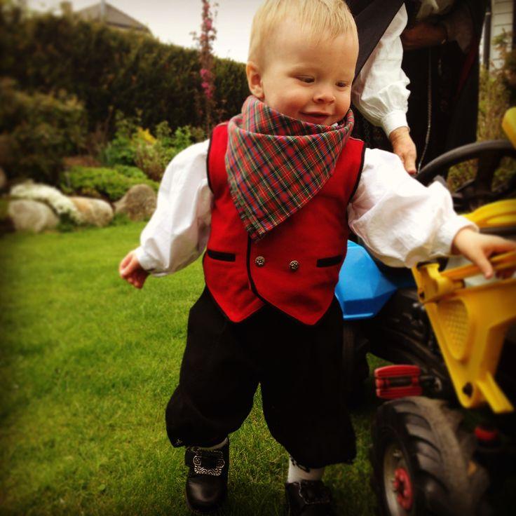 Babyboy national costume norway
