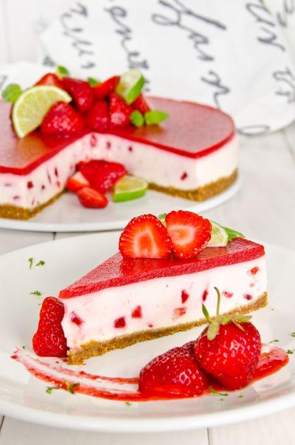 Perreo, perreo (strawberry lime rahkakakku)