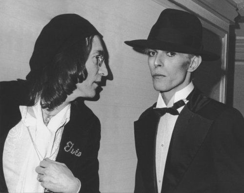 """my-retro-vintage: """" John Lennon and David Bowie by Ron Galella 1975 """""""
