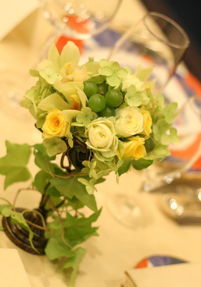 シェ松尾青山サロンさまの装花 グリーン