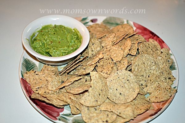 http://momsownwords.com/29793/dailys-cocktails-and-wholly-guacamolesalsa-prize-pack-giveaway-redcarpetready-34/#comment-66749