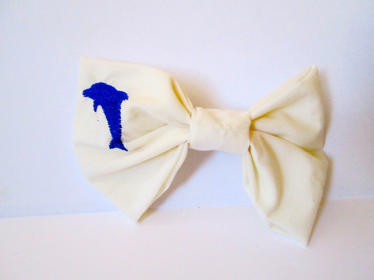 Too cute! There are not nearly enough adorable dolphin products in the world.