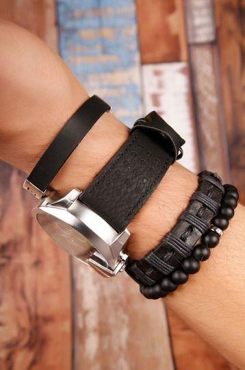 Siyah Deri Kordonlu Metal Kasa Erkek Saat ve Bileklik Kombini hover  #takı #bileklik #saat #kolye #küpe #bilezik #woman #aksesuar #accessorıes #jewellery #toka #earring #yüzük #rings #necklaces #scarves #gözlük #socks #sunglasses #belts #bracelets