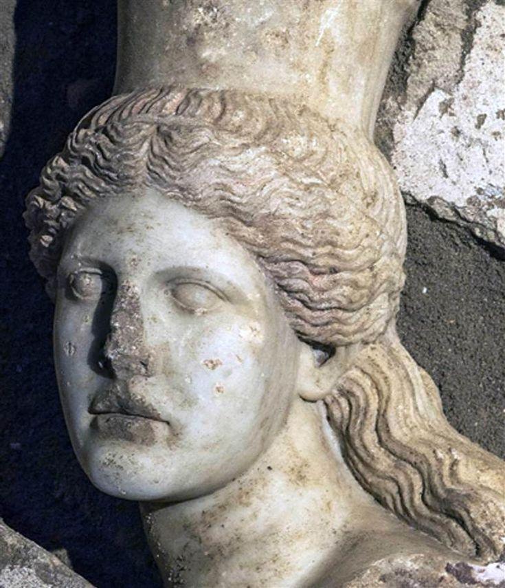 mini.press: Πως βρέθηκε το κεφάλι της Σφίγγας στα ενδότερα του...