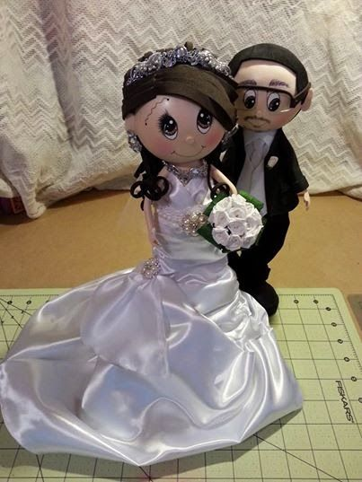 Scrapwluv Creations: Bride & Groom Fofucha Dolls