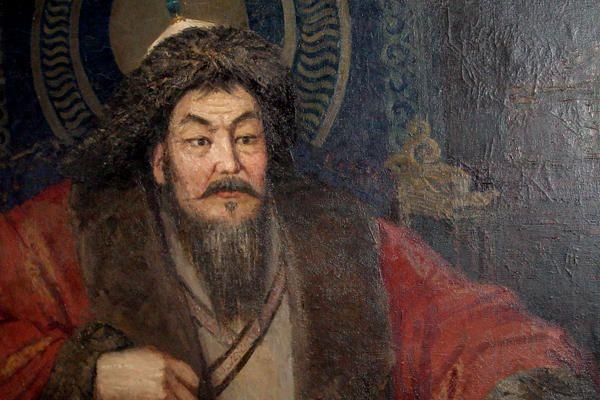 Genghis Khan era um guerreiro e governante mongol que fez história, construindo o seu próprio império na Ásia. Genghis Khan começou subjugando as tribos vizinhas e liderou exércitos que causaram destruição, mortes e um tremendo caos econômico. Era responsável por causar terror psicológico pela aniquilação de populações inteiras.