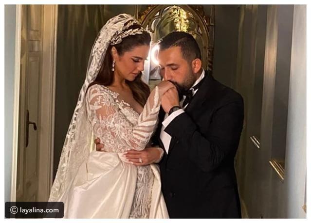 صور 3 فساتين زفاف أطلت بهم درة أحدهم سعره يتجاوز مليون ريال سعودي Layalina مقالات ذات صلة لقطات صاخبة من زفاف نورهان م Wedding Dresses Dresses Couple Photos
