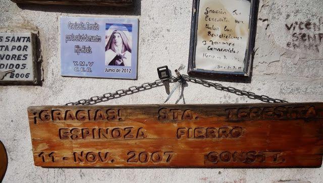 Capturador de Imágenes: Gracias Santa Teresita por favor concedido . 17 de julio nace la primera Santa Carmelita Chilena