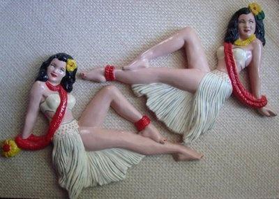 vintage chalkware hula girls - wall ornaments