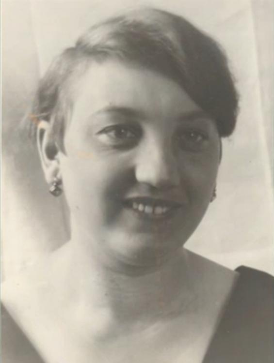 Františka Zelenková, wife of Jan Zelenka. She was executed in Mauthausen on October 24, 1942. Photo from http://www.ceskatelevize.cz/porady/10350893065-heydrich-konecne-reseni