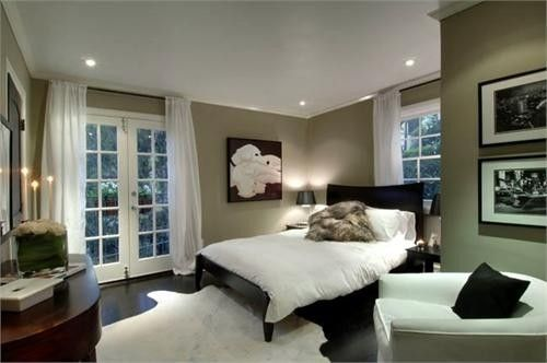 Black furniture white curtains and bedspread gray taupe for What color curtains go with taupe walls