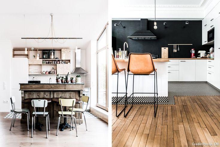 Des cuisines ouvertes version loft avec un sol mix and match : mélange de parquet et de carrelage.