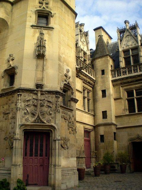 Medieval, Cluny Museum, Paris, France photo via elizabeth