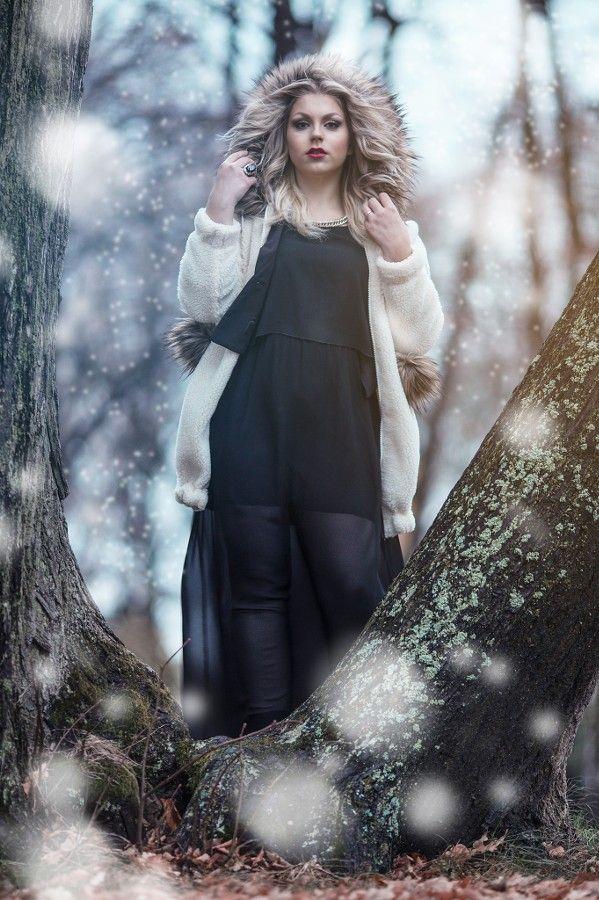 """The Modern Snow Queen"" (c) Minna Kaita Photo #photography #fantasy #conceptual #winter #drama #dress #fashion"