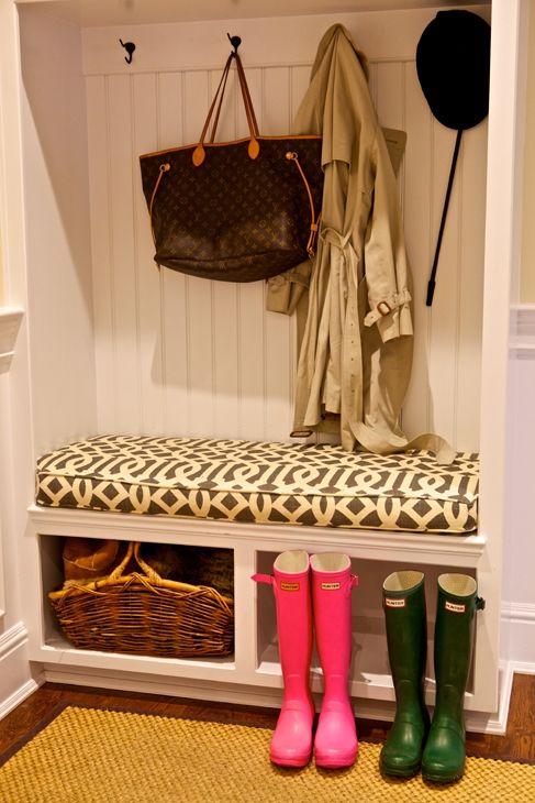 Mud Room: bead board mud room locker and great trellis fabric on the cushion...
