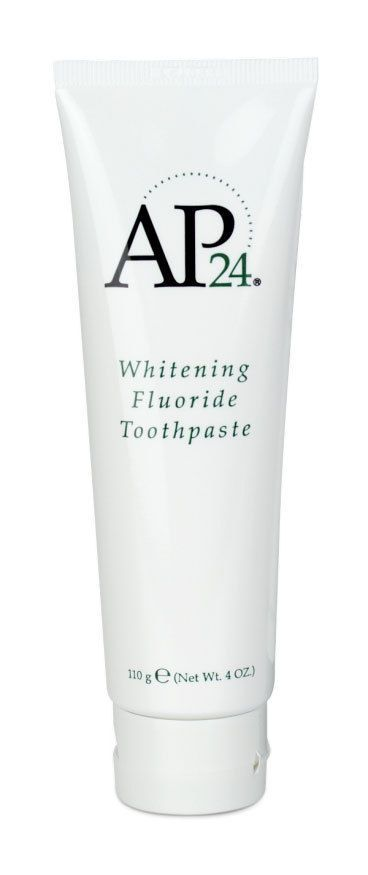 AP24 Whitening Fluoride Toothpaste lightens teeth without peroxide