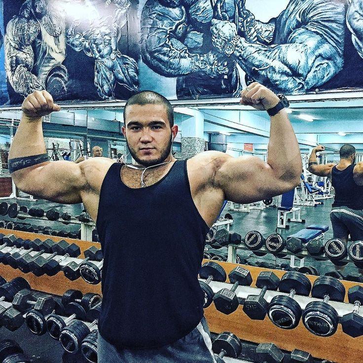 Кто на МАССЕ тот я )))) #гавноформа#нуниче#мотивация #ТРЕНИРОВКА #РУК#алматы #бодибилдинг #ББ #fitnessmodels  #fitnessmotivation #fitnes #bodybuilding #crossfit #ulisses #ulissesworld #dickersonross #lazarangelov #body #simeonpanda #arnold #berloga  #devinphysique #sergiconstance #tavicastro #racielcastro #gerardo_gabriel #powermass #powergymkz #powergym #fitnessconq by amalbody