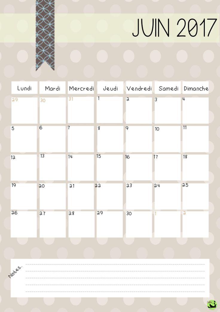 Bonjour bonjour! Me revoici avec une nouvelle version de mon calendrier 2017. Une version pour ceux qui aimeraient continuer avec le même thème que l'année dernière; une version pour ceux qui…