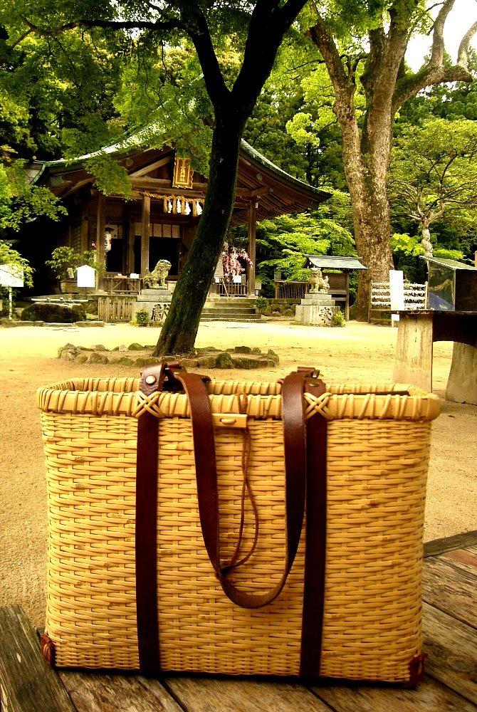 bamboo tote by Tamotsu Nishimoto @ Kamado Shrine in Fukuoka