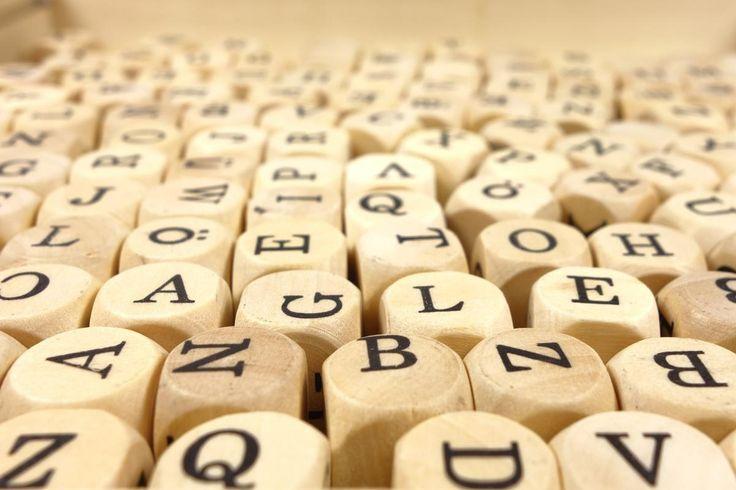 💬 White Alphabet Dice - new photo at Avopix.com    🆕 https://avopix.com/photo/32576-white-alphabet-dice    #business #internet #icon #sign #symbol #avopix #free #photos #public #domain