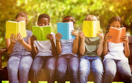 Existe um jeito certo de apresentar um livro para uma criança?