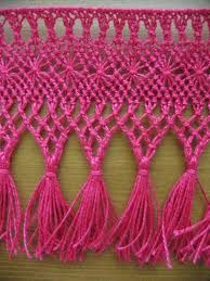 Finnish ancient knotting method called Fransu. In previous days made as edges for bed sheets as marriage gifts by wife-to-bees to her new home. Later also for beadspreads, curtains, table cloths etc. Material tightly twined linen thread
