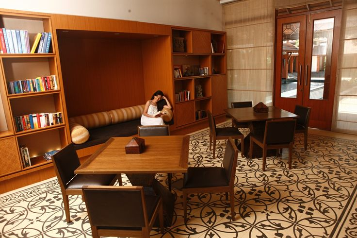Want to give your body some rest and work the mind? Relax in the Library with your favorite book and some inner peace #Goa #Read