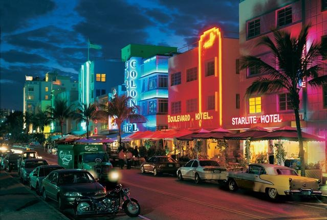 Ocean Drive, Miami: Beaches, Favorite Places, Miami Beach, Places I D, Travel, Ocean Drive, Art Deco, South Beach Miami