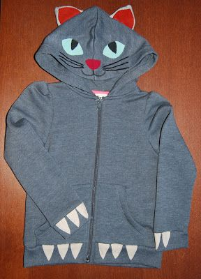 Children cat hoodie. Materials: cotton fabric.