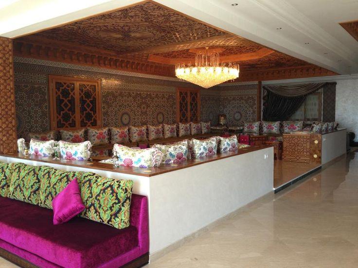 un salon marocain salon marocain pinterest salons. Black Bedroom Furniture Sets. Home Design Ideas